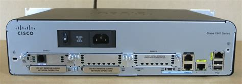 Router Cisco 1941 Cisco 1941 K9 Integrated Services Gigabit Router 2u Ip Base Security Package