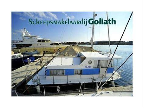 chris craft houseboats chriscraft houseboat woonschip in friesland power boats