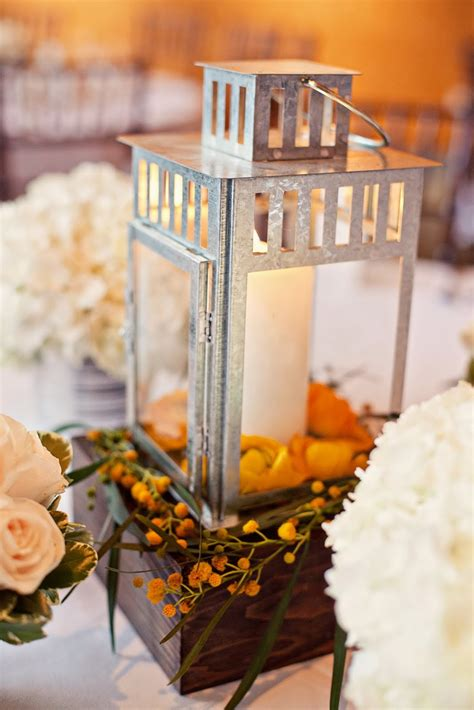 wedding lantern centerpieces wedding stuff ideas - Lantern Centerpieces