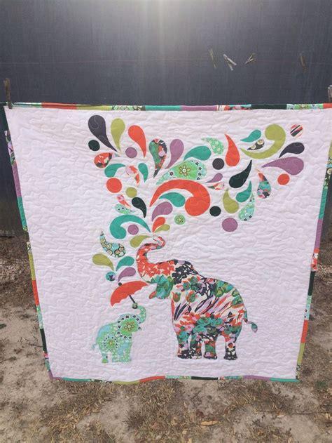 Elephant Applique Quilt Pattern by Best 25 Elephant Quilt Ideas On Elephant