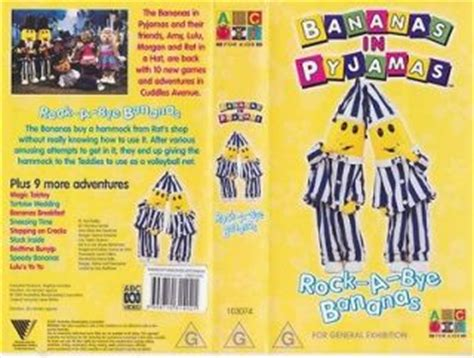 big comfy couch theme song lyrics bananas in pajamas toys on popscreen