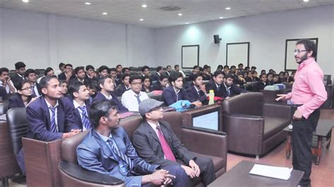 Mba In Srms Bareilly by Managerial Dreams Come True At Mba Srms Cet