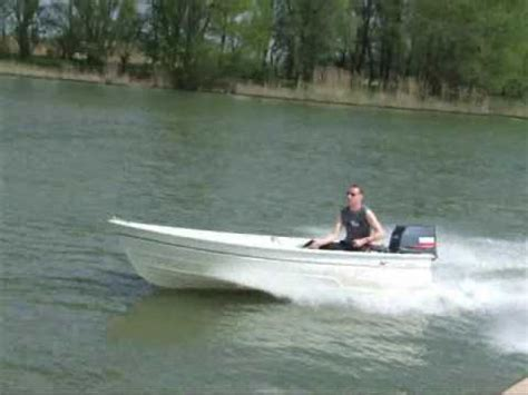 youtube fast boats fast boat snelle boot dromedille kmv with 385 40hp youtube