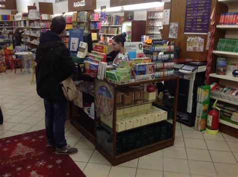 libreria becarelli siena ladri in azione alla libreria becarelli siena news