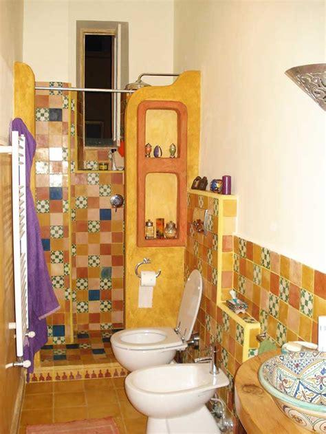 bagno giallo bagno giallo bagno dalla finitura giallo laccato lucido