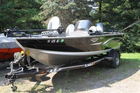 used 18 foot jon boats for sale 2006 18 foot alumacraft dominator cs fishing boat