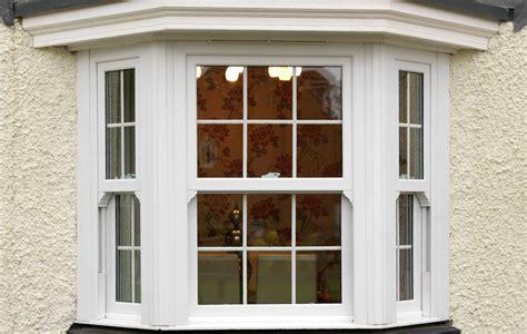 bow vs bay window upvc bow and bay windows southton upvc windows glazing hshire