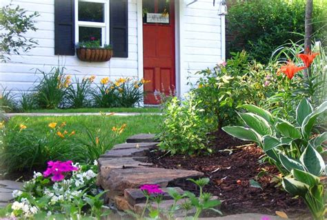 ideas for small front yards the some exle landscape ideas for small front yard