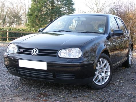 view of volkswagen golf v5 photos features and