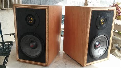 home made diy bookshelf speakers test vintage look