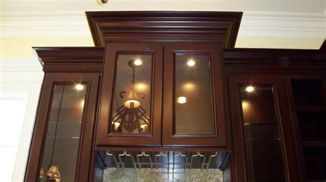 dark mahogany kitchen cabinets maple in dark mahogany finish traditional kitchen