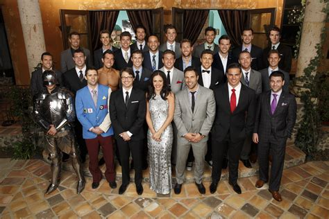 11 ways the bachelorette is just like online dating