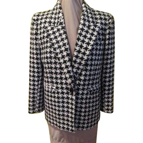 you ain t nothing but a hound you ain t nothing but a hound s tooth bill blass blazer from hodgepodgelodge on ruby