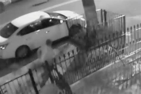 bed stuy news video group who beat fatally shot man in bed stuy sought