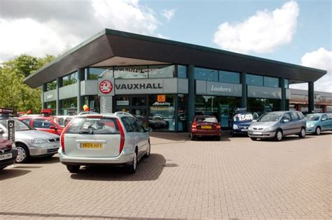 Benfield Garage by Who Are Lookers The Company Buying Benfield In A 163 87 5m