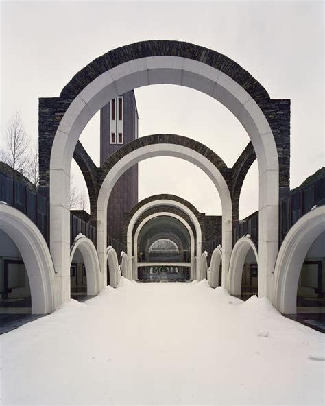 sanctuary vintage classics b00dsm5ark gallery of classic maritxell sanctuary ricardo bofill 14