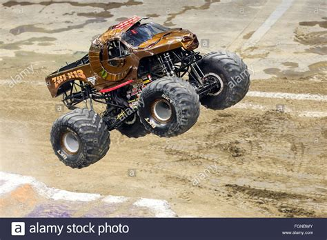 zombie monster jam truck new orleans la usa 20th feb 2016 zombie hunter