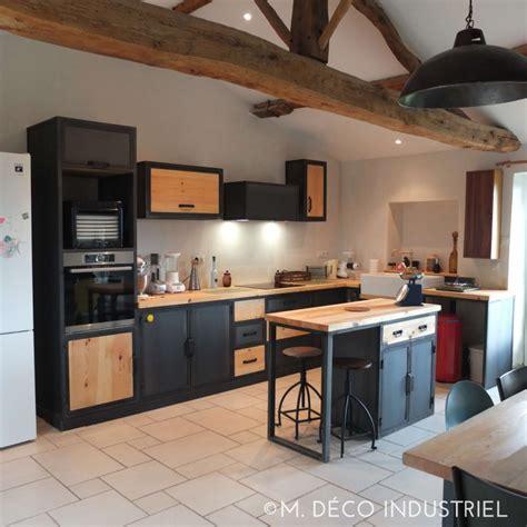cuisine type industriel cuisine de style industrielle acier bleut 233 et bois massif