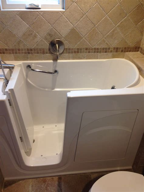 safe step walk in bathtubs bathe safe walk in bathtubs walk in bathtub installation