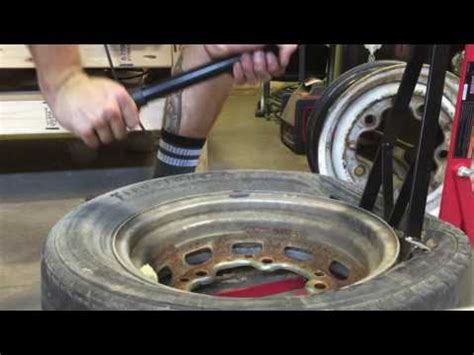 harbor freight bead breaker r r bead breaker tyre refitting tool demonstration at