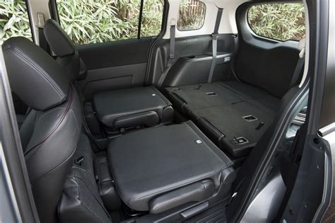 Mazda5 Interior by The Elantra Gt And The Mazda 5 Two Small Wagons Green