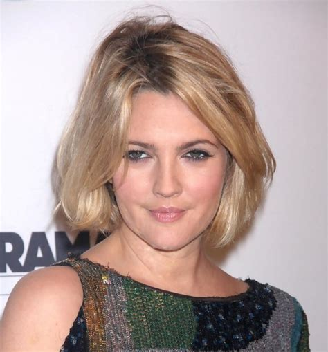 Drew Barrymoores Hair by Drew Barrymore Hairstyle Makeup Dresses Shoes And