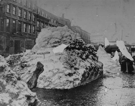 the great blizzard of 1888 winter in new york city 1947 photos winter in new