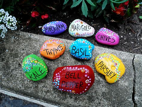 20 Painted Rock Crafts 187 Dragonfly Designs Painted Rocks For Garden