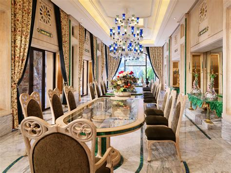 largest room largest suite in the world royal residence at grand broumana