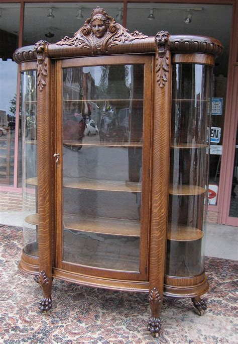 Quartersawn Oak Curved Glass Figural China Cabinet