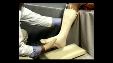 sock aid application application of ankle midleg sts sock