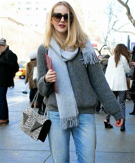 ways to wear winter scarf pink column