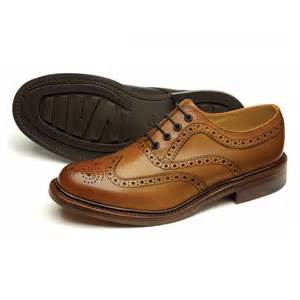 to choose men s leather shoes shop bar