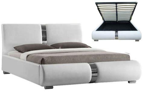 lit coffre bois 569 lit coffre sommier relevable blanc 160 cm macao design sur
