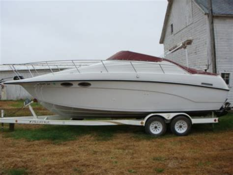 cabin cruiser boats for sale by owner 1994 25 foot crownline 25 cuddy cabin cruiser houseboat