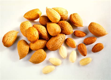 From The Supermarket Almond by How To Select And Store Almonds