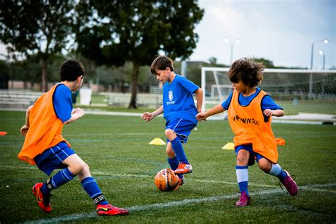 tutorial skill football reasons why kids are recommended to join junior football