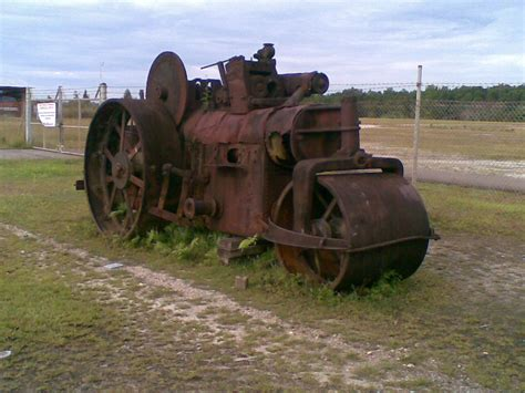 Mesin Steam Mollar tempat misterius itu adalah lapangan terbang babo