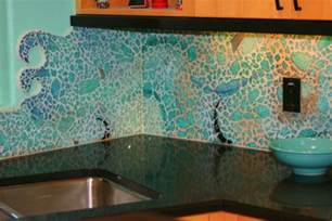 Water Coastal Kitchen - 17 creative diy home decorations with colored glass and sea glass