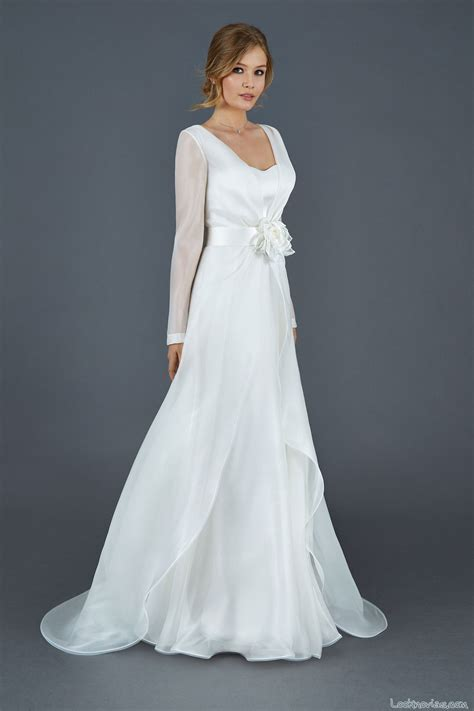 vestido novia ibicenco con manga trajes y vestidos para novia moderna e innovadora