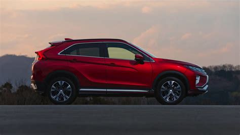 mitsubishi 2017 eclipse 2017 mitsubishi eclipse cross previewed car carsguide