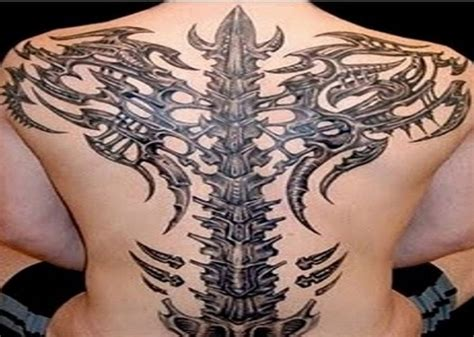 tribal back tattoos for men 3d back bone tribal tattoos designs for pictures
