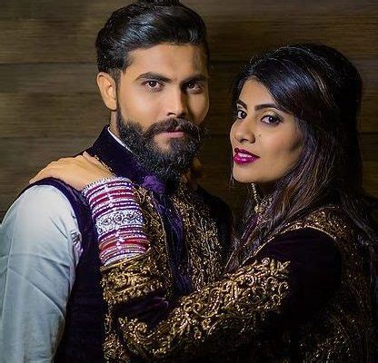 jadeja biography in hindi ravindra jadeja s wife rivaba assaulted by a policeman