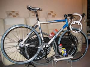 velo de course d 233 cathlon roues de rechange cadeaux