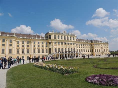 vienna turisti per caso schoenbrunn viaggi vacanze e turismo turisti per caso