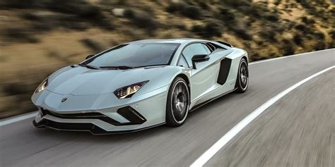 lamborghini car 2017 2017 lamborghini aventador s review photos caradvice