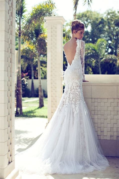25  best ideas about Tight Wedding Dresses on Pinterest