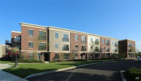 Apartment Finder Broadway Chicago Broadway Station Free Rent Grove City Oh