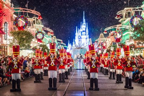 When Does Disneyworld Decorate For by Disney World Disney Addicts