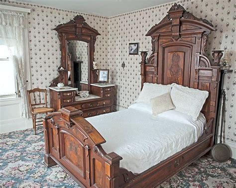 lizzie borden bed breakfast spend a night at the lizzie borden murder house star2 com